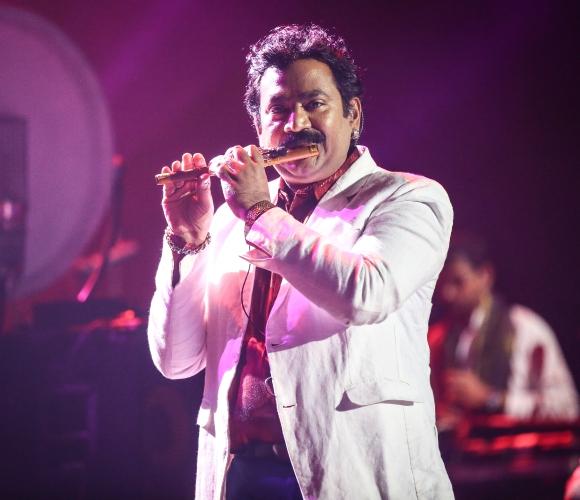 AR Rahman O2