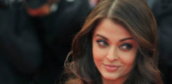 Aishwarya Rai to sing in Jazbaa?