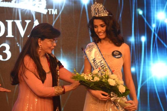 Lara Dutta and Miss Diva 2015 Returns