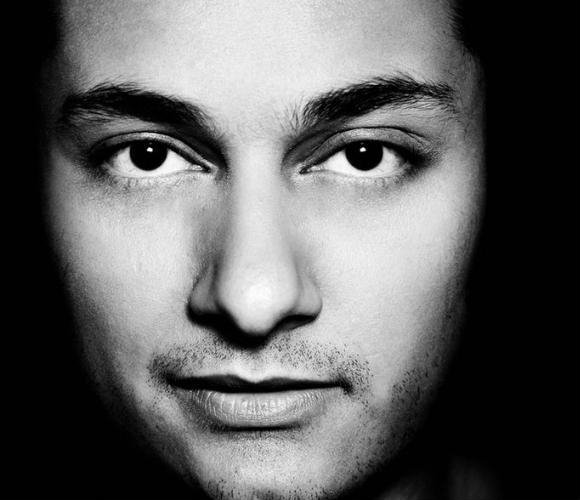 Raghav speaks to DESIblitz about his storied music career and his latest record.
