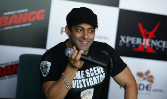 Salman Khan to host Bigg Boss 9?