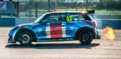 Donington thrills with Mini Challenge & GT Racing