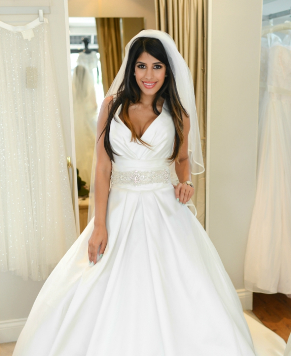 Desi Rascals Jasmin Walia wedding dress