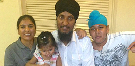 Tejinder Pal Singh has been feeding the homeless in Darwin, Australia, for the last three years.