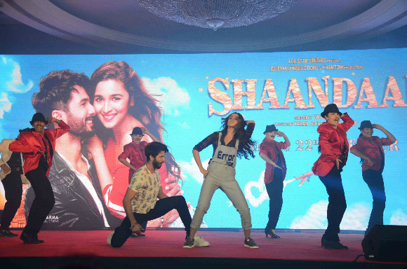 Shaandaar is directed by Vikas Bahl and will be released on October 22, 2015.