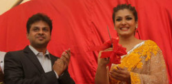 Raveena Tandon unveils World's Biggest Laddoo