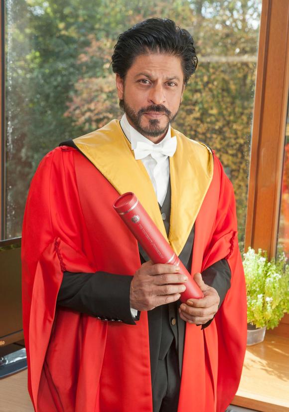 SRK receives Honorary Degree from University Of Edinburgh