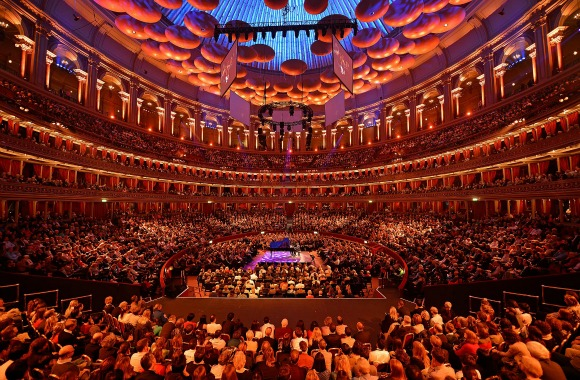 13 young dancers from the Sujata Banerjee Dance Company will grace the iconic stage of the Royal Albert Hall in London.