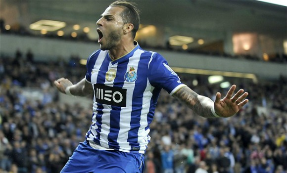 The underrated Portuguese winger has some of the most breathtaking football tricks