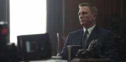 007 جیمز بانڈ کو بالی ووڈ سے محبت ہے؟