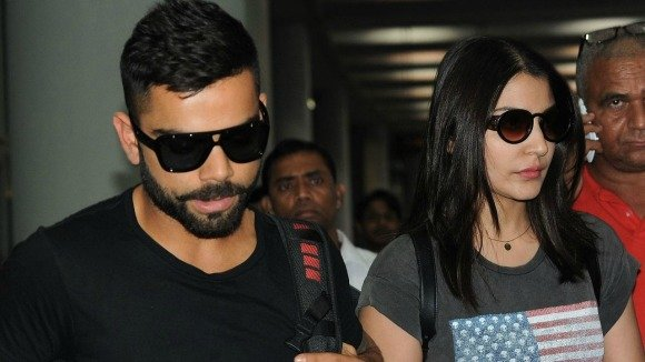 We cannot believe it when the rumour mill is buzzing that Anushka Sharma and Virat Kohli are getting hitched in 2016!