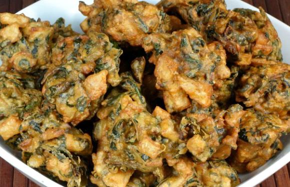 5 Appetising Desi Snacks to Try