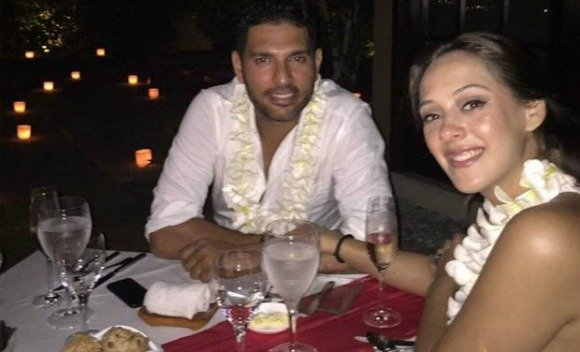Hazel Keech gets engaged to Yuvraj Singh