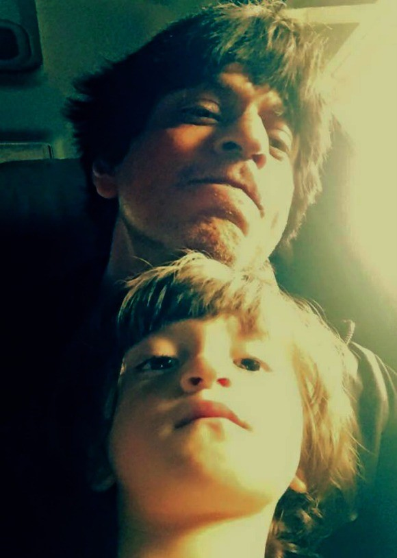 Best_Bollywood_Celebrity_Selfies_Abram