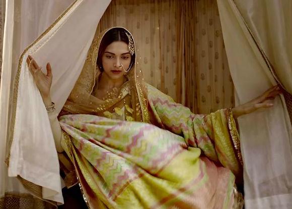 Deepika vs Kangana for same Shahrukh Khan film?