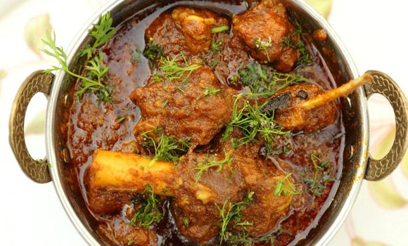 10 Desi Dishes to Keep you Warm in Winter