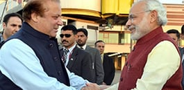Modi meets Sharif in Surprise visit to Pakistan