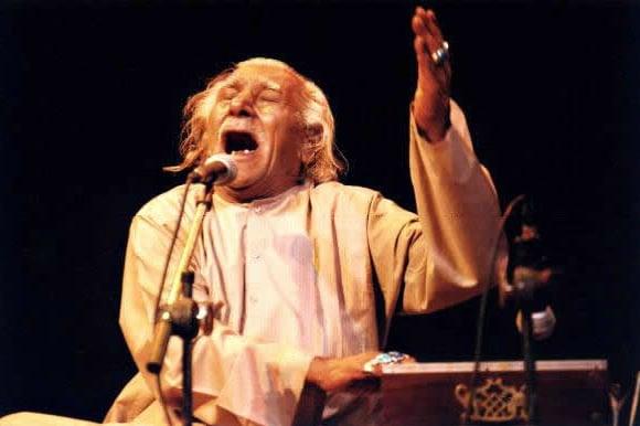 सूफी संगीत पठानय खान