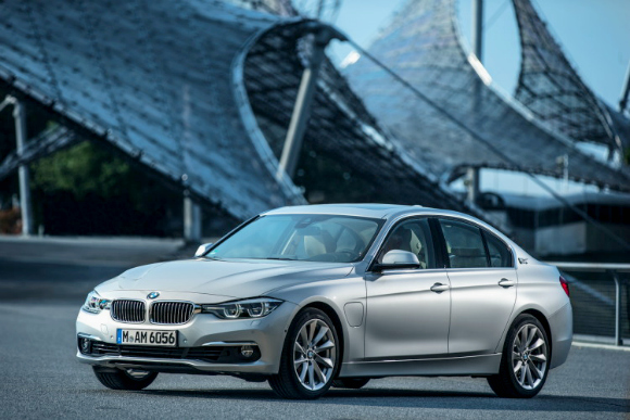 Top Cars 2016 BMW 330e Plug-In Hybrid