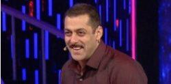Salman Khan celebrates 50th Birthday in Bigg Boss 9