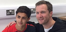 Yan Dhanda signs professionally for Liverpool