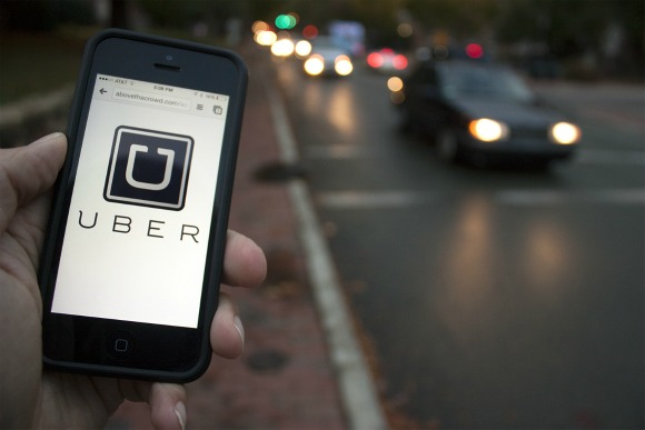 Desi American Doctor trashes Uber Taxi
