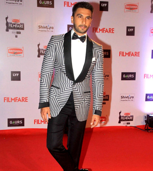 Best-Dressed-Bollywood-Stars-January-2016