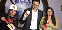 Miss Pooja and Hard Kaur in Box Cricket League Punjab