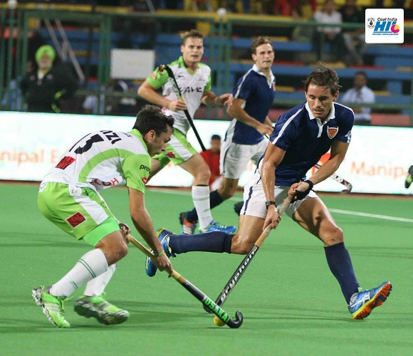 https://www.desiblitz.com/wp-content/uploads/2016/01/Hockey-India-League-Roundup-Week-2-match-11-additional-image-5.jpg
