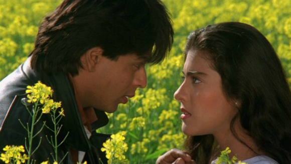 Most Romantic Scenes of Shahrukh Khan