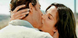 Bollywood Kisses on Screen we Totally Love