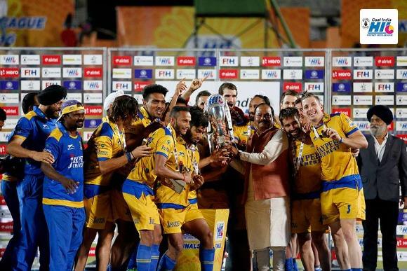 Winners of Hockey India League Final 2016