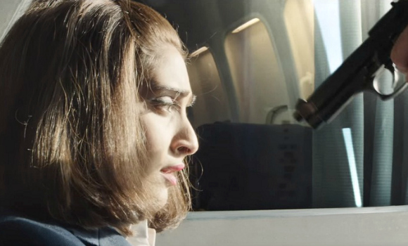 5 Reasons to watch Sonam Kapoor's Neerja
