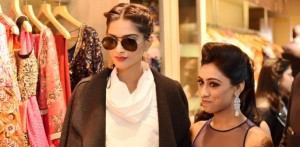 Sonam Kapoor unveils Parul J Maurya Collection
