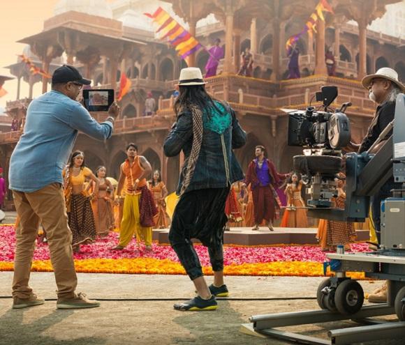 Choreographer Feroz Khan talks 'Bollyhop' Dancing
