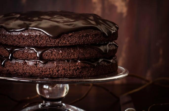 Eggless-Cake-Recipes-Classic-Chocolate