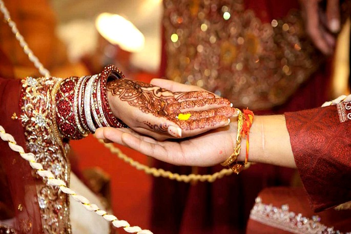 Indian bride refuses to marry after forced to dance