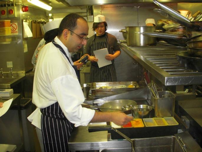 Indian Restaurants demand One-Year UK Visa for Chefs