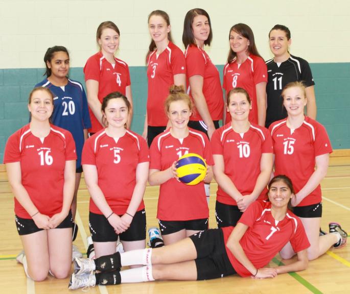 Sisters Priya and Raveen Gill take on Scottish Volleyball