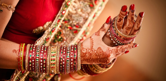 Indian Bride refuses to marry Groom without Toilet