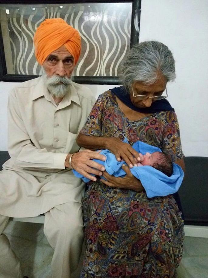 70 वर्षीय भारतीय महिला ने बेबी बॉय को जन्म दिया