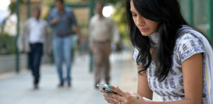 India Sanctions Panic Button On All Mobiles featured