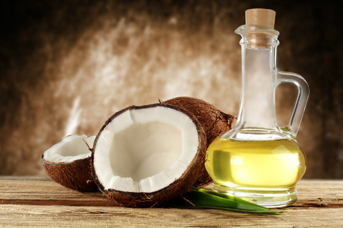 Why You Should Be Cooking With Coconut Oil 2