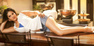 Sunny Leone is Tough & Sexy in Beiimaan Love trailer