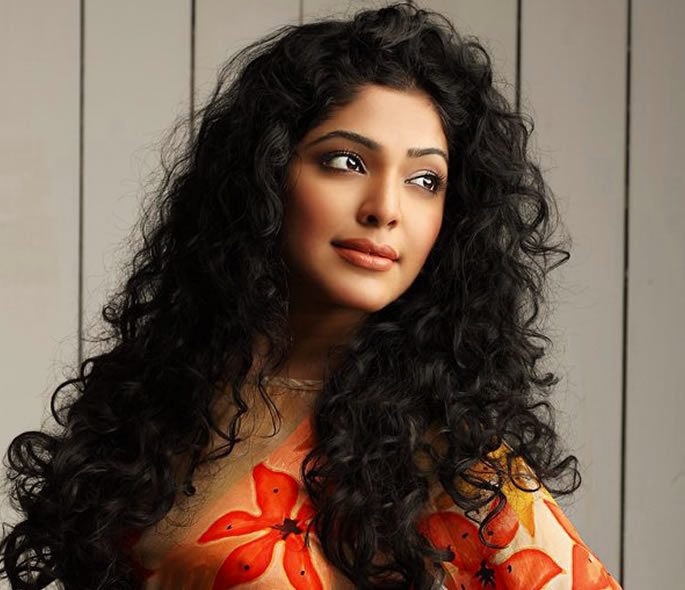 Curly Hair Tamil