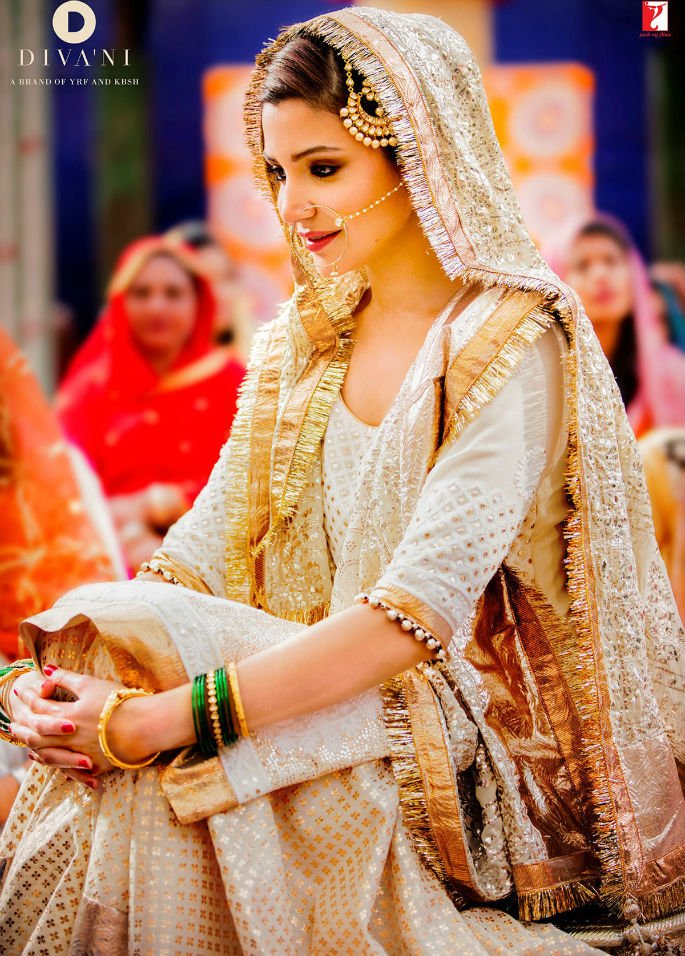 Diva'ni styles Bridal Anushka Sharma for Sultan