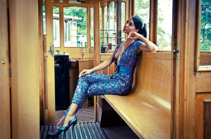 Hot-Looks-Lisa-Haydon-Vogue-Swiss