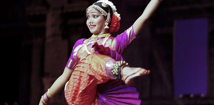 Divya Mohanraj
