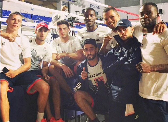 Qais Ashfaq boxing for Team GB at Rio 2016