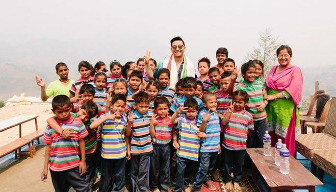 TOMS Prabal Gurung Charity